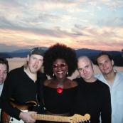 Dorretta Carter & Band (Aug. 2004)
